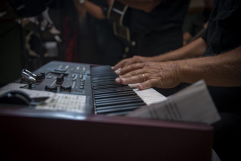 Elektrisches Piano Mann