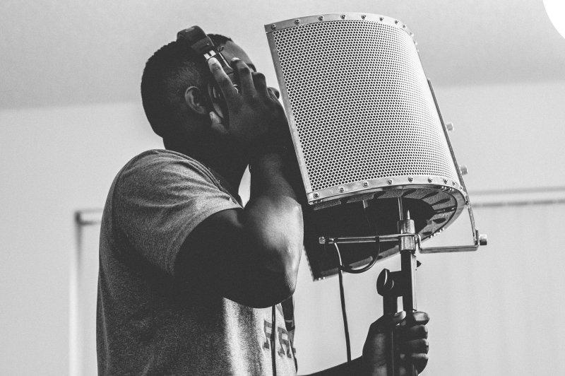 Sänger Reflexionsschirm schwarz weiß