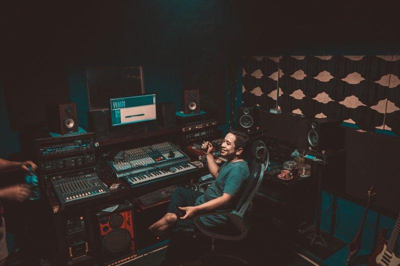 Produzent im Studio