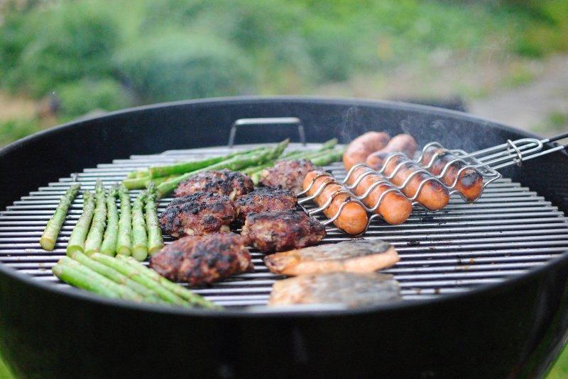 grillgut auf grill