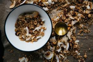 Protein-Müsli eignet sich optimal als Frühstück und bietet eine gute Basis für den Tag.
