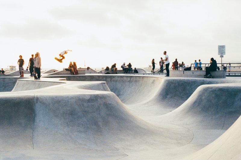Skatepark mit Menschen