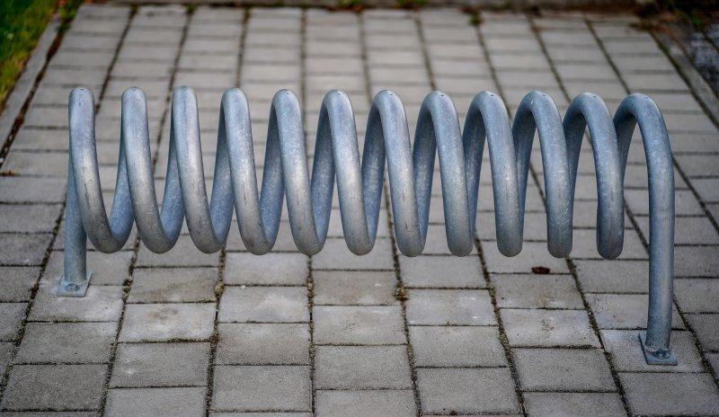 Fahrradständer in den Boden eingelassen