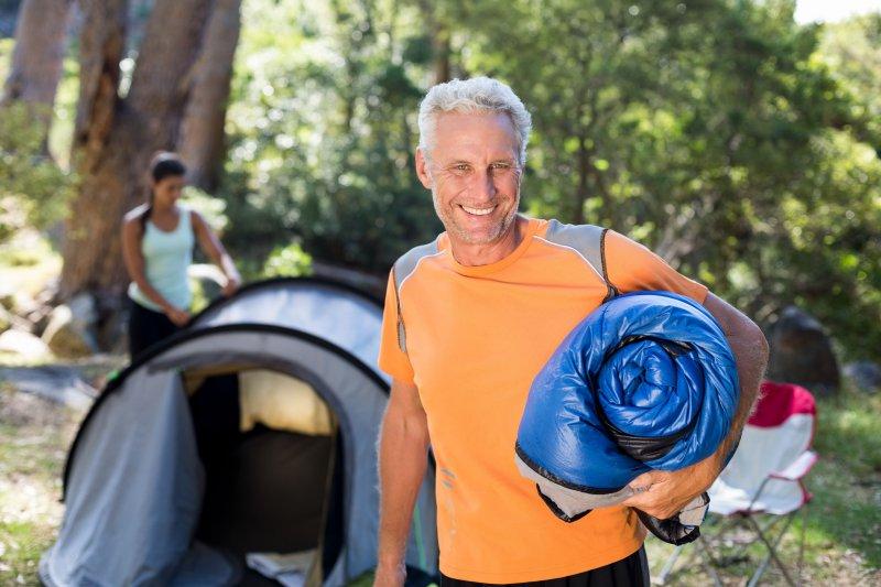 Schlafsack nach dem Campen einpacken