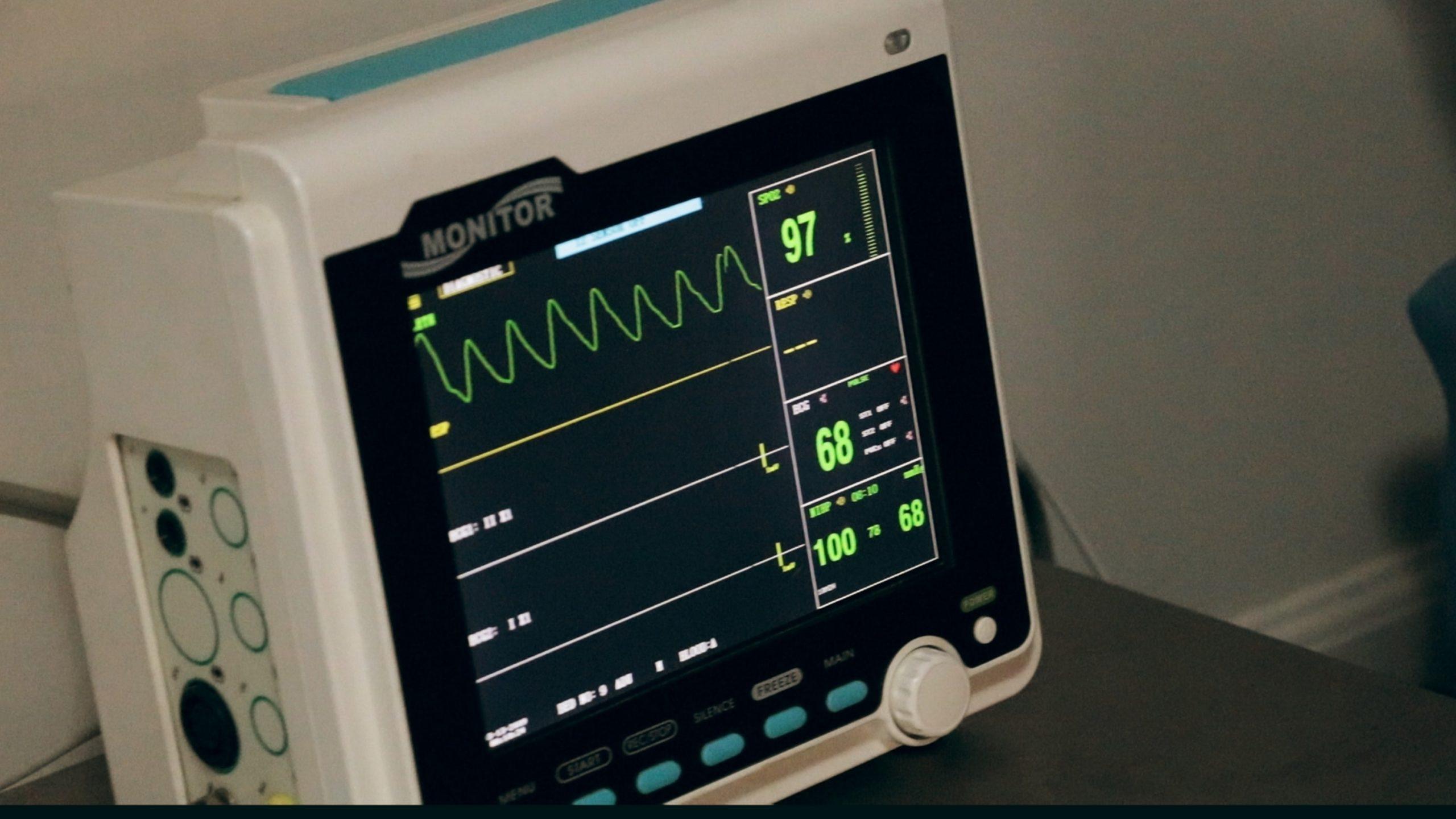 Messung der Herzfrequenz durch EKG