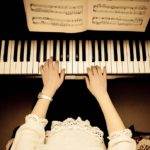 Klavier lernen für Anfänger: So geht's richtig!