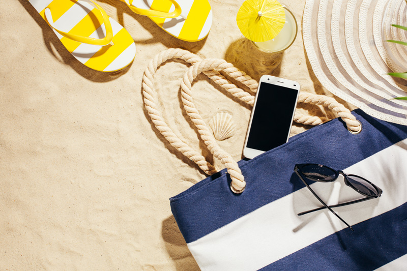 Handy Akku sparen: Schütze Dein Handy im Sommer vor der Sommerhitze!