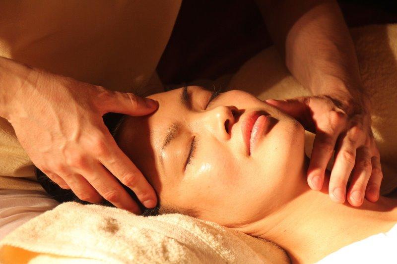 Akupressur-Massage: Herkunft und Wirkweise des Heilverfahrens