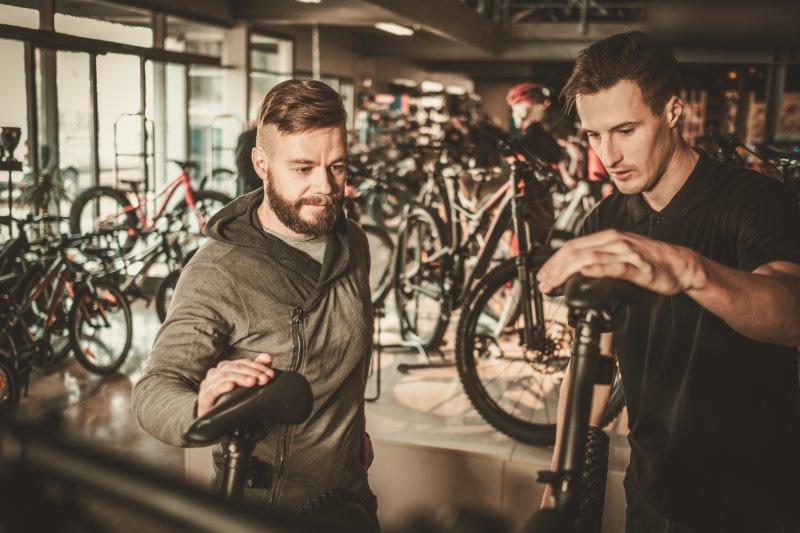 E-Bike unter 1000 Euro beim Fachhändler kaufen
