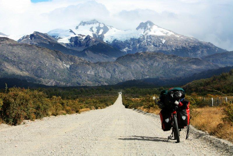 Bikepacking mit Bergblick