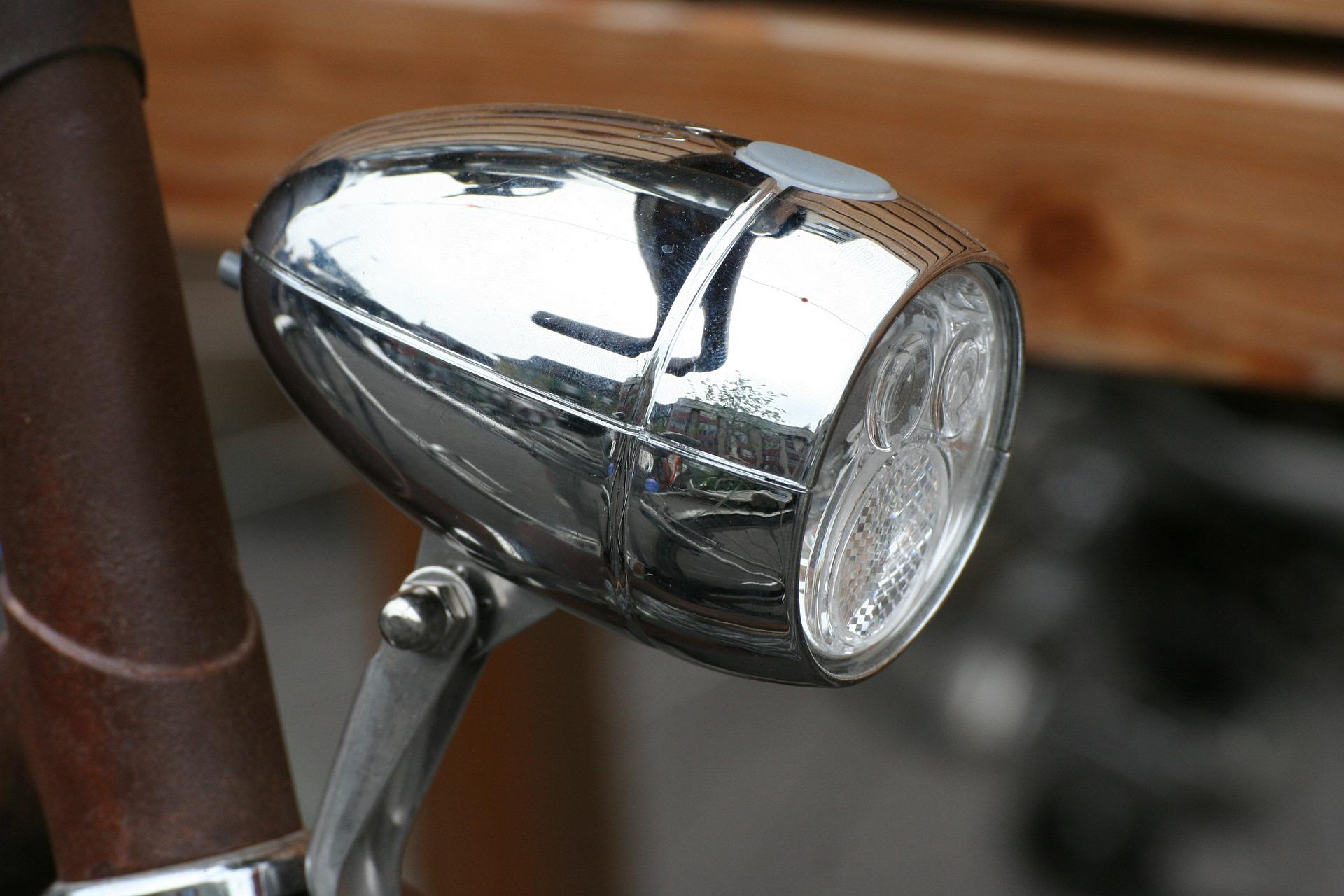 Frontlampe -Fahrradbeleuchtung im Test