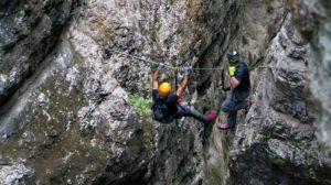 Im Klettergurt Test findest du auch Klettergurte, welche mit Klettersteigsets eingesetzt werden können