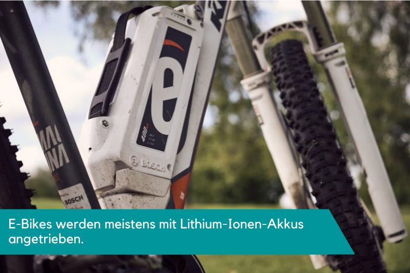 E-Bikes werden meistens mit Lithium-Ionen-Akkus angetrieben.