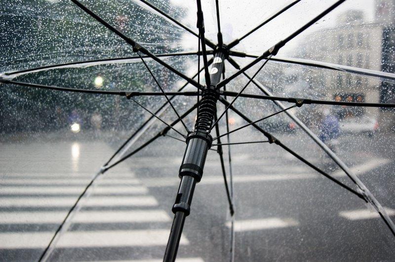 Regenschirm bei Regen