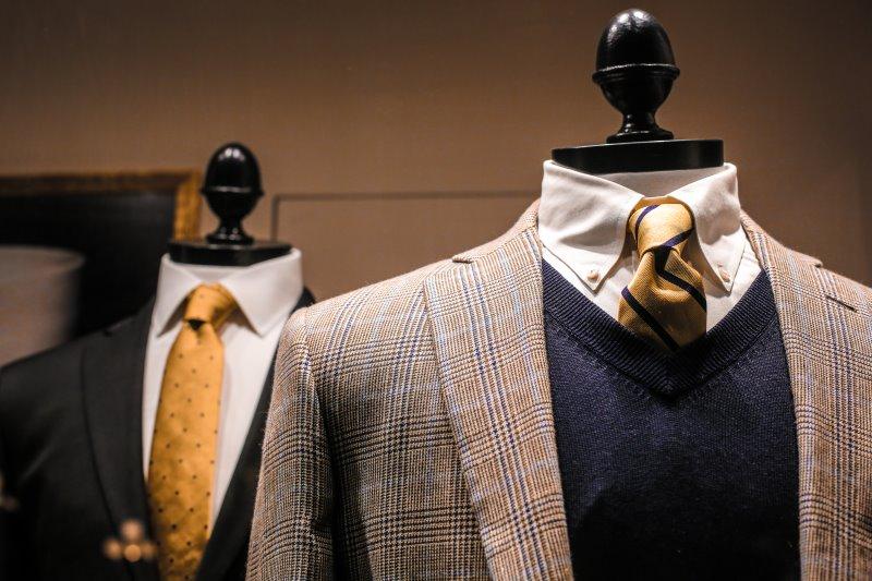 Schneiderpuppe verstellbar zur Ausstellung von Kleidung
