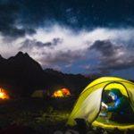 Expeditionszelt nachts