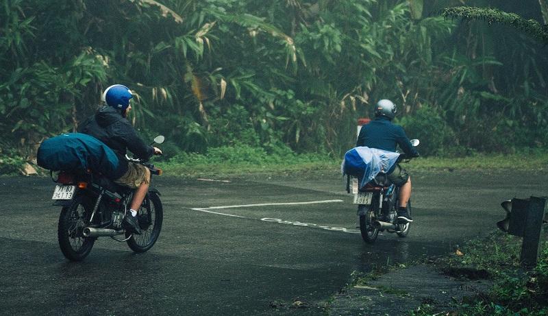 Motorradtour zu zweit mit Gepäck