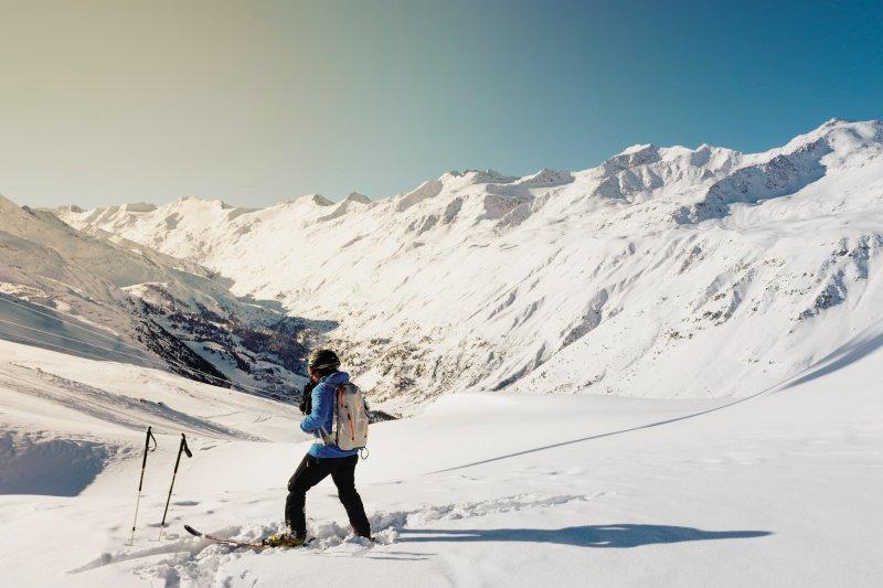 Sicherheit beim Skifahren trotz Anhalten auf der Piste