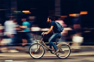 Trekking E-Bike Fahrradfahrer