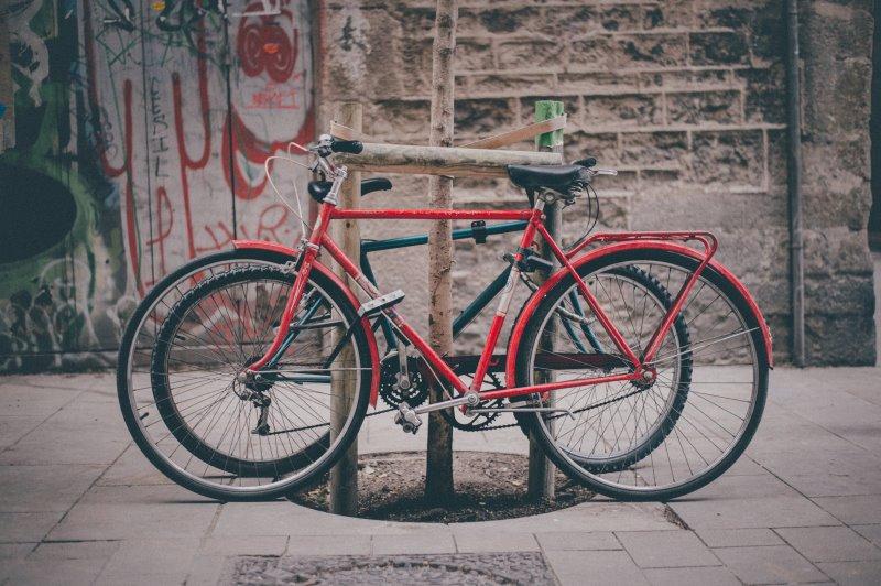 E-Bike Herren Schloss