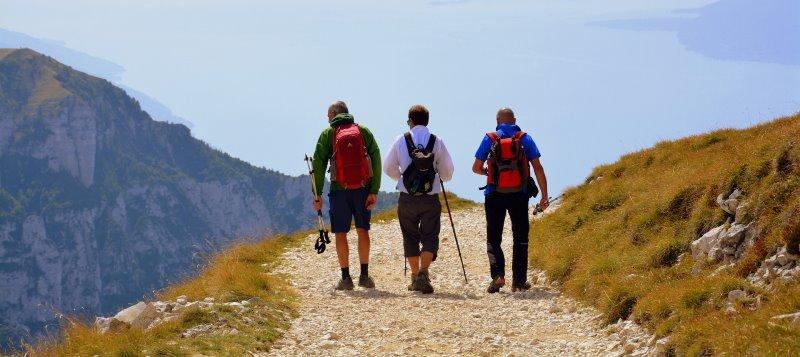 Wandern mit unterschiedlichen Trekkinghosen