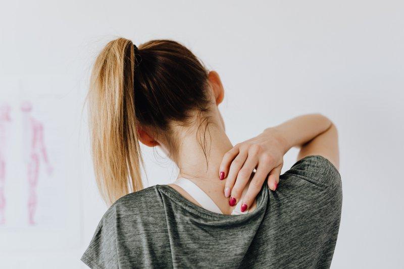 Rückenschmerzen im oberen Rücken
