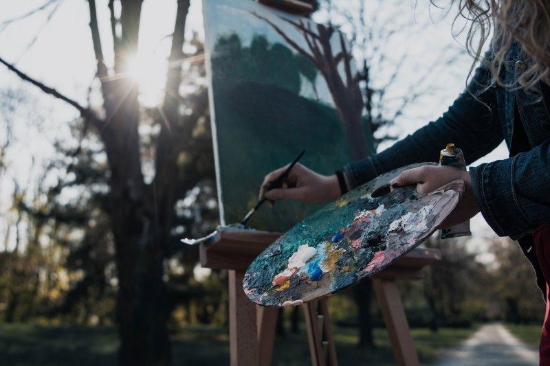 Wie man mit Temperafarben malt