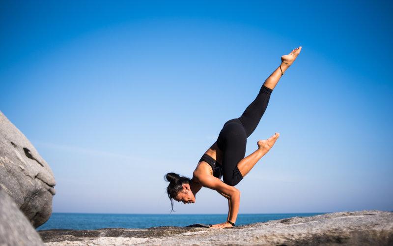 Akrobatisches Yoga Asana