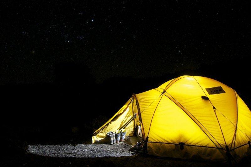 Zelt bei Nacht