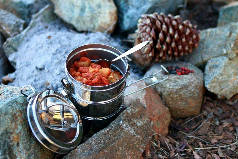Regeln beim Wildcampen: Gaskocher statt Feuer.