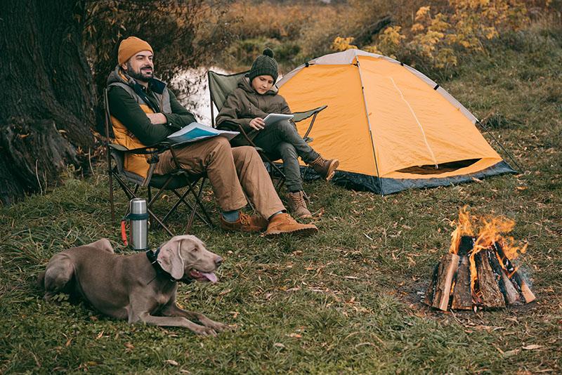 2 Pers. auf Campingtour mit Campingstuhl