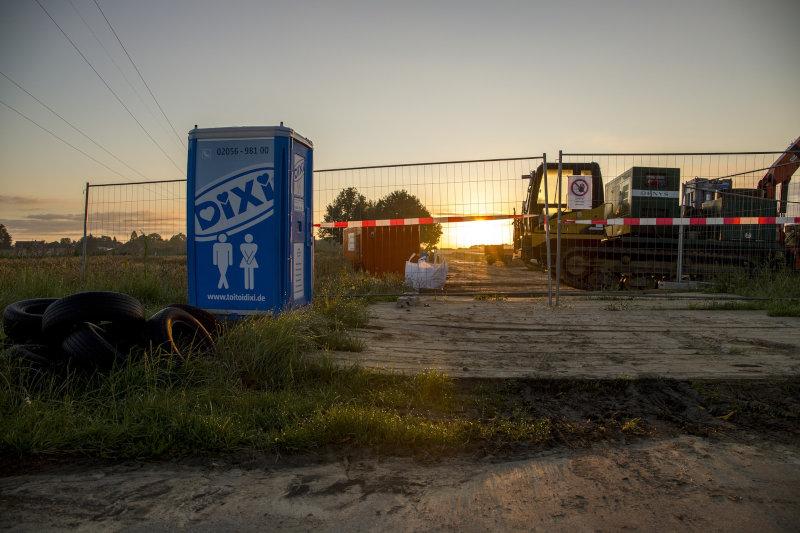 Dixi-Klo auf Baustelle