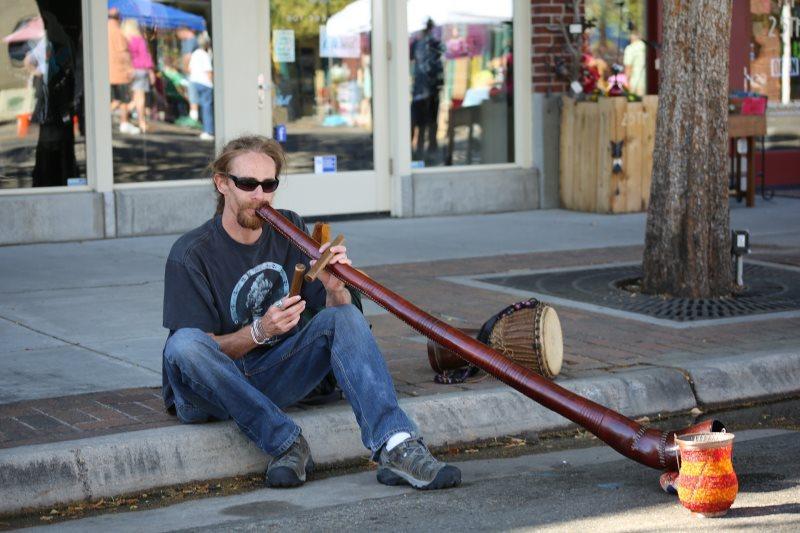 Vorstellung eine Didgeridoospielers