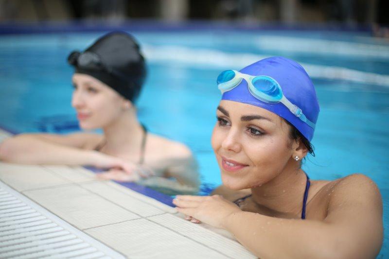 Weiteres Zubehör zu einer Schwimmuhr