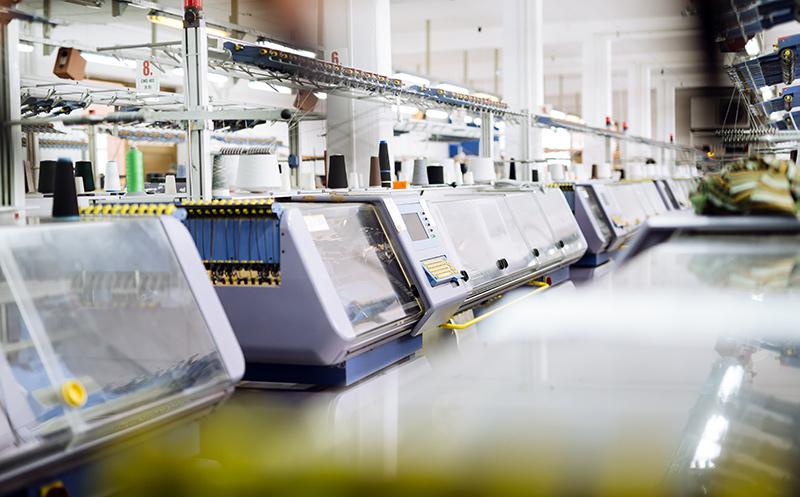 Strickmaschinen zur Verarbeitung von Wolle