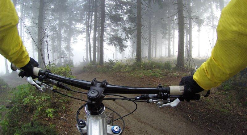 Downhill Lenker für Mountainbikes.