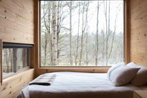 Ein Luftbett ist ein platzsparendes Gästebett