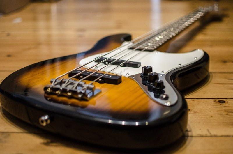 der moderne e-bass