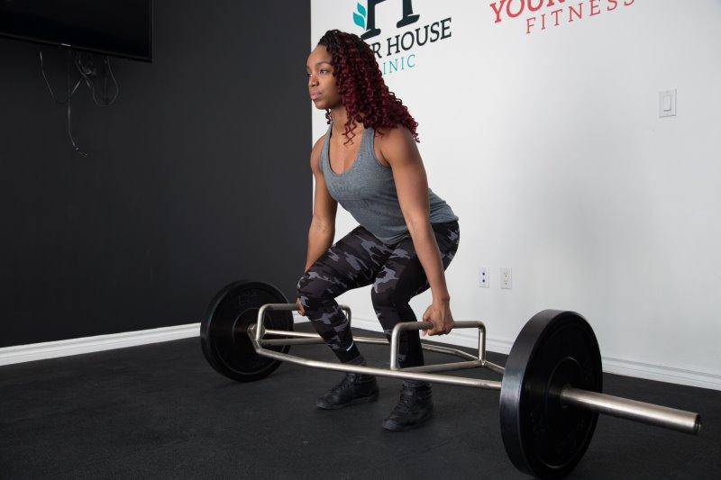 Workout mit Trap Bar Hantelstange bzw. Shrug Bar