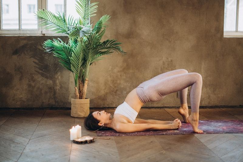Yoga Übung: Brücke