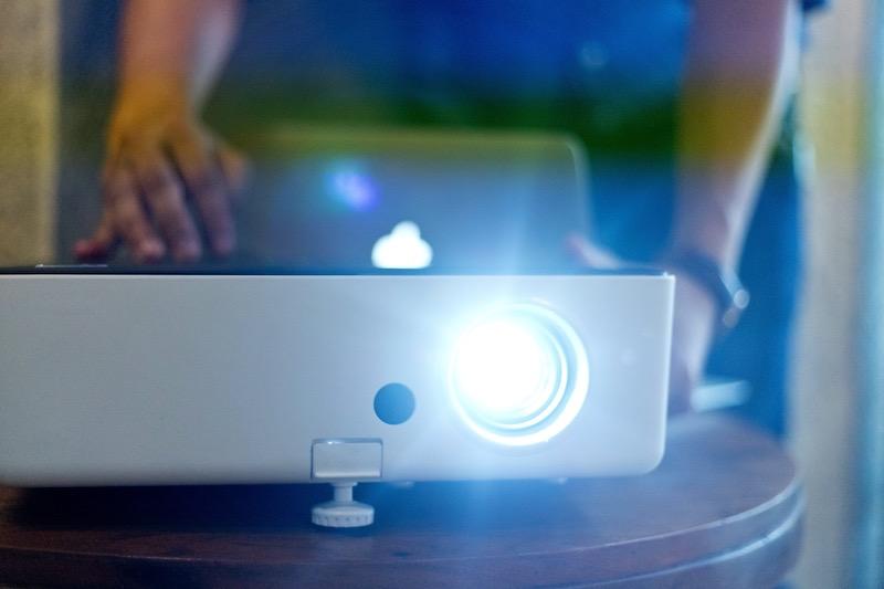 3D Beamer mit Laptop
