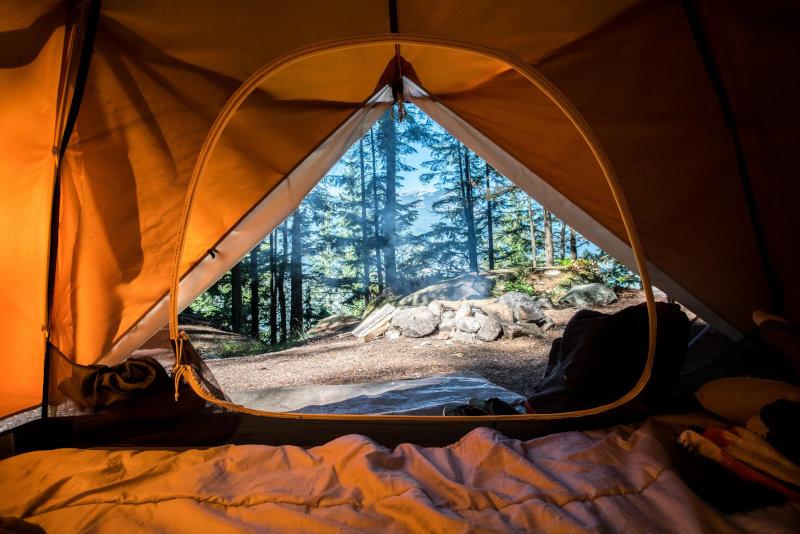 Trekkingzelt Aussicht im Wald