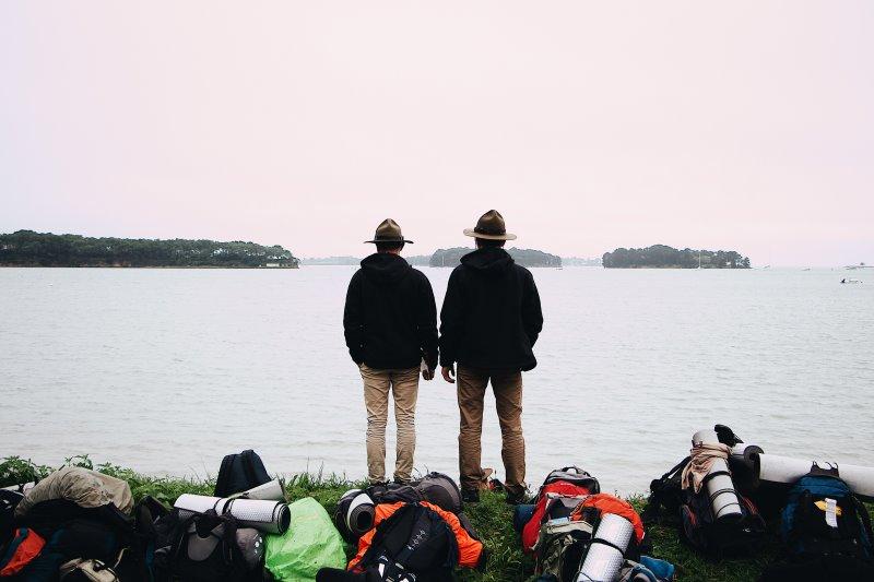 Zwei Wandersmänner