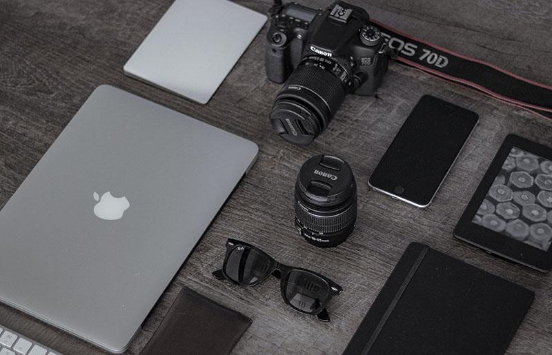 Geräte und Technik für einen 2-Wochen-Urlaub