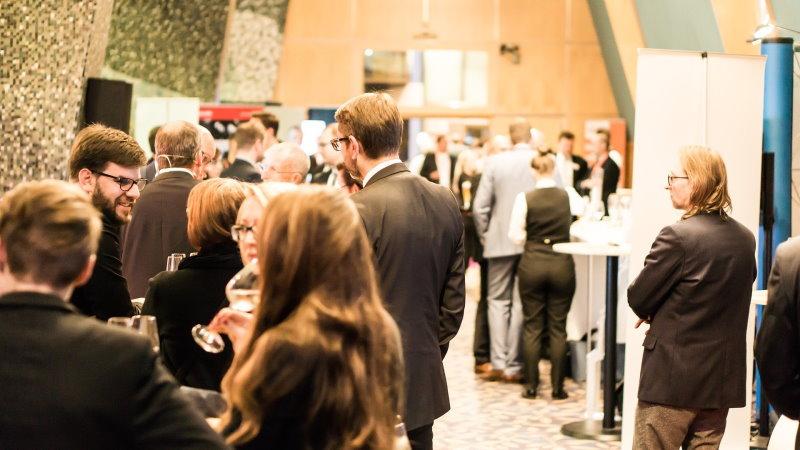 bei Dienstreisen gibt es häufig Konferenzen oder Ausstellungen