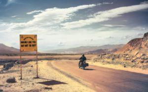 Eine Motorradtour-Packliste erleichtert die Vorbereitung gerade bei langen Touren