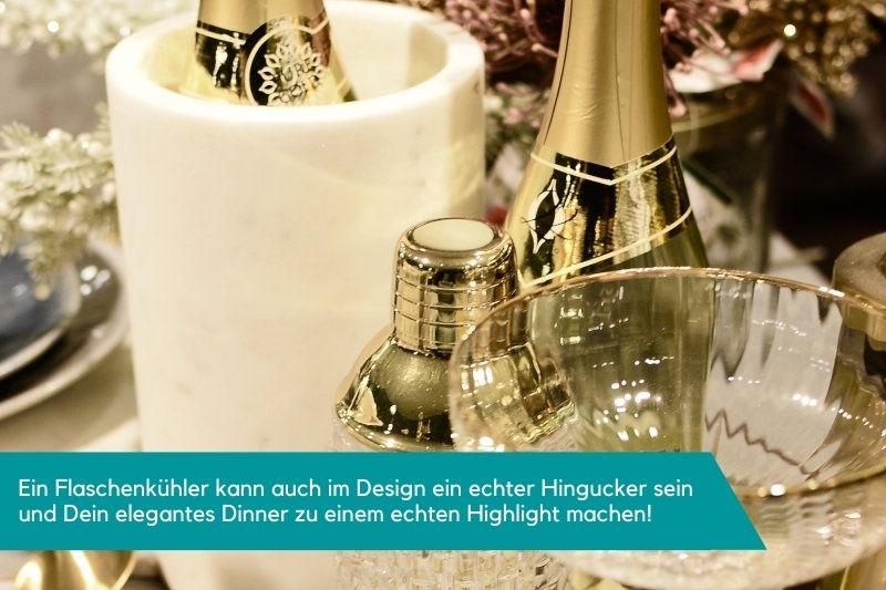 Flaschenkühler für elegantes Dinner mit Champagner und besonderen Gläsern