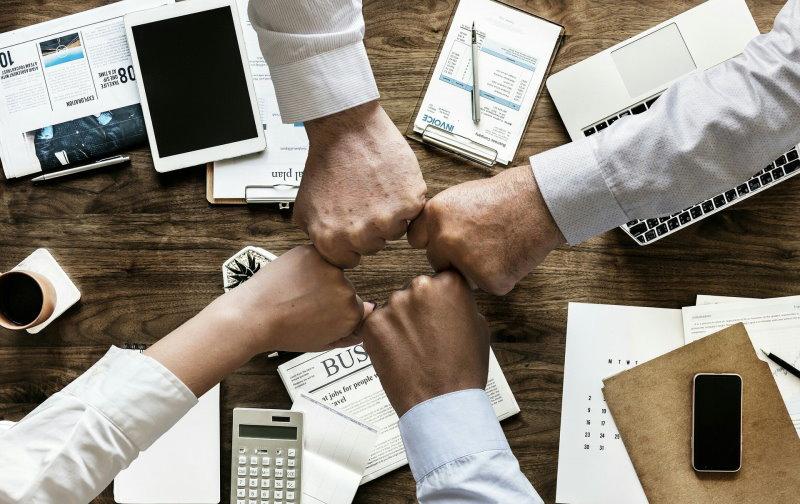 Zusammenarbeit mit Anderen