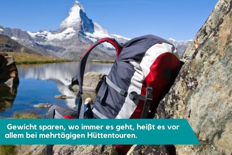 Wanderrucksack vor Matterhorn