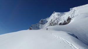 Gletscherbrillen als wichtiger Ausrüstungsgegenstand bei Hochgebirgstouren